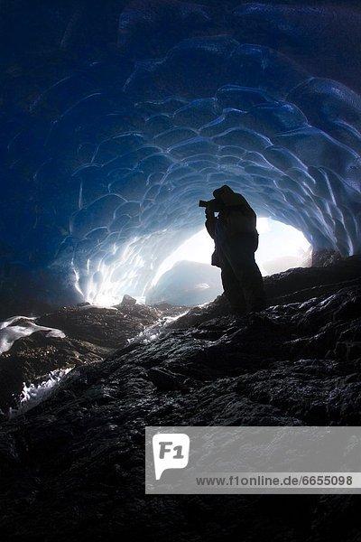 Mensch  Eis  Höhle