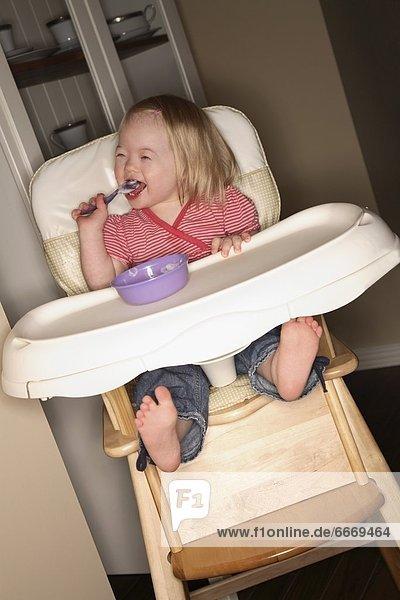hoch  oben  Stuhl  jung  Mädchen