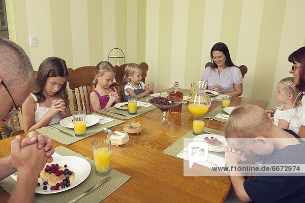 Gebet  Gericht  Mahlzeit