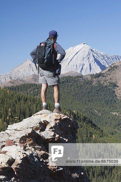 stehend  Berg  Mann  hoch  oben
