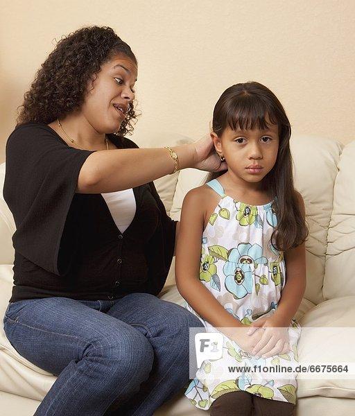 Mutter - Mensch  Haar