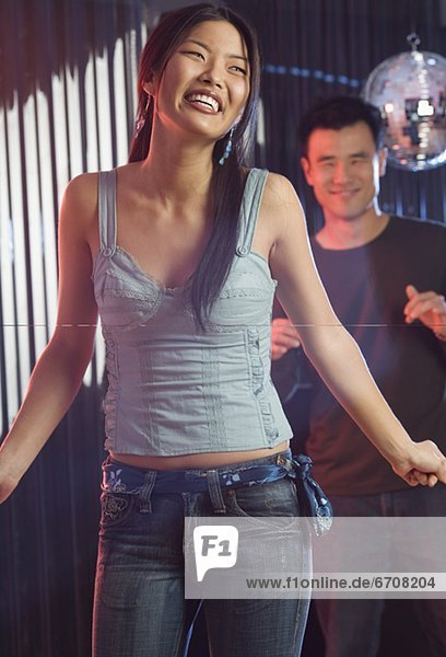 tanzen  Nachtklub