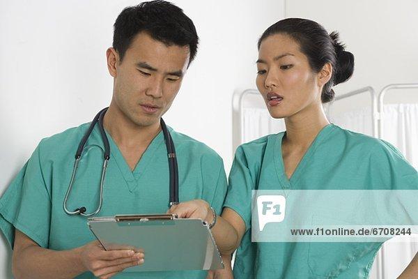 Geschäftsbesprechung  Arzt  2