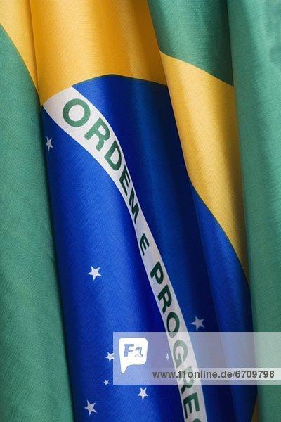 hoch  oben  nahe  Fahne  Brasilien