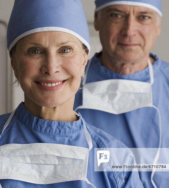 Senior  Senioren  Portrait  Chirurg