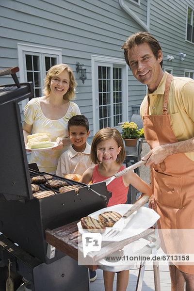 Terrasse  grillen  grillend  grillt