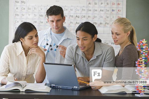 Student  Hochschule  multikulturell  Wissenschaft