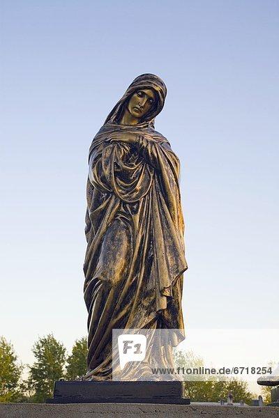 Statue  Jungfrau Maria  Madonna
