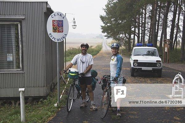 überqueren  Tschechische Republik  Tschechien  Fahrrad  Rad  Grenze