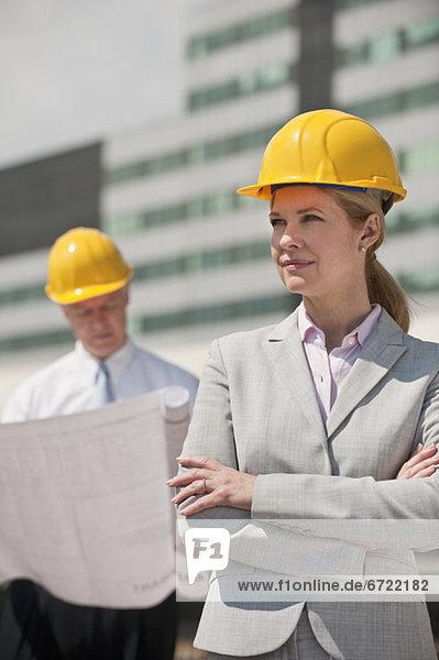 Außenaufnahme  Organisation  organisieren  halten  Architekt  2  freie Natur Außenaufnahme ,Organisation, organisieren ,halten ,Architekt ,2 ,freie Natur