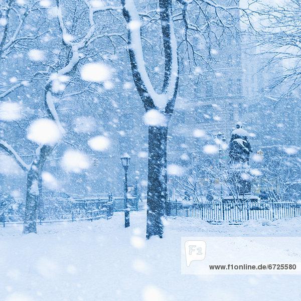 Tag  Schnee