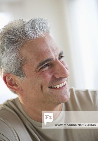 Portrait Mann grauhaarig