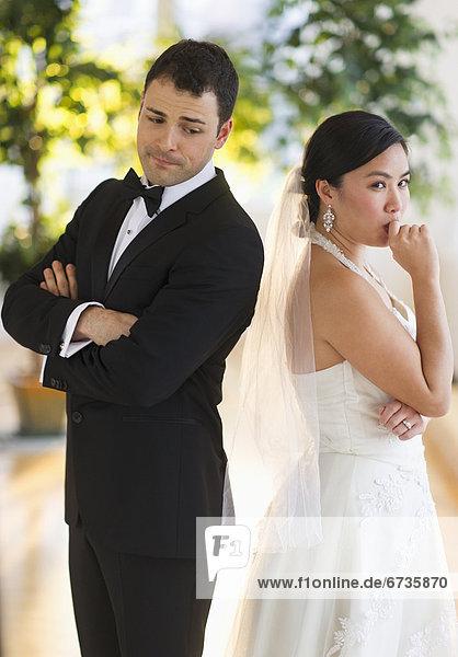 stehend  sehen  Nervosität  Braut  Bräutigam