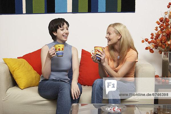 sprechen  Freundschaft  trinken  Kaffee