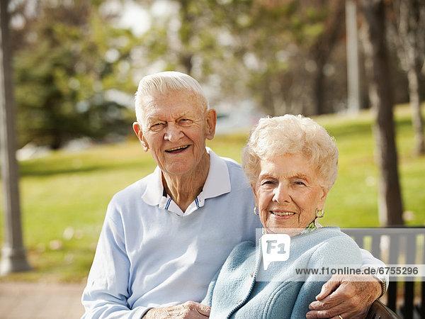 Senior  Senioren  Portrait  Sitzbank  Bank