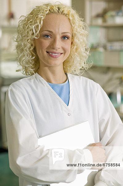 Laborant  Portrait  Krankenhaus  Krankenschwester  Schwester  Schwestern  Ontario