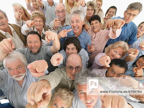 hoch  oben  Mensch  Menschen  zeigen  Menschengruppe  Menschengruppen  Gruppe  Gruppen
