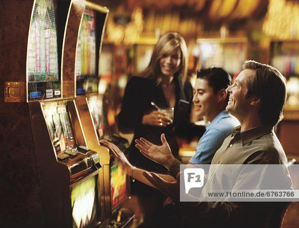 Vereinigte Staaten von Amerika  USA  Faxgerät  Mensch  Menschen  Nevada  Casino  Loch  Las Vegas  spielen