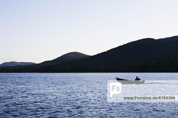 See  Ruhe  Motorboot