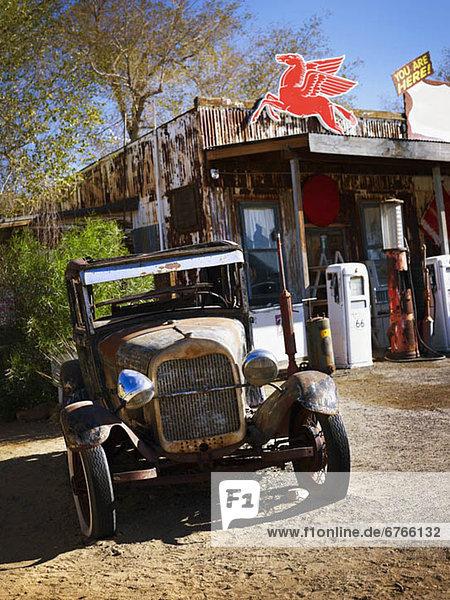 Antiquität  Lastkraftwagen  Laden  amerikanisch  Westen