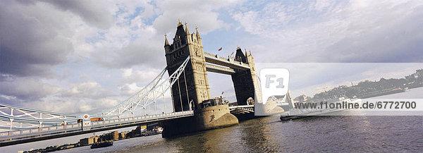 Turmbrücke auf der Themse