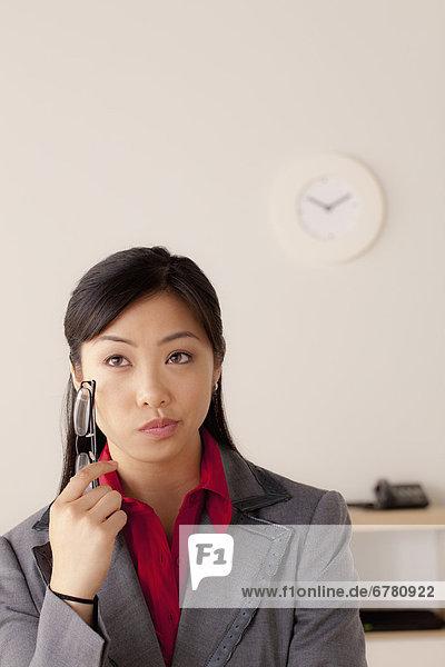 Portrait  Geschäftsfrau  Studioaufnahme
