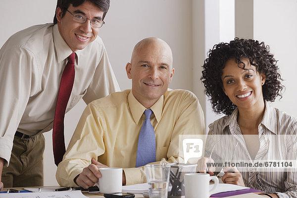Portrait  Mensch  Menschen  lächeln  Geschäftsbesprechung  Besuch  Treffen  trifft  Business