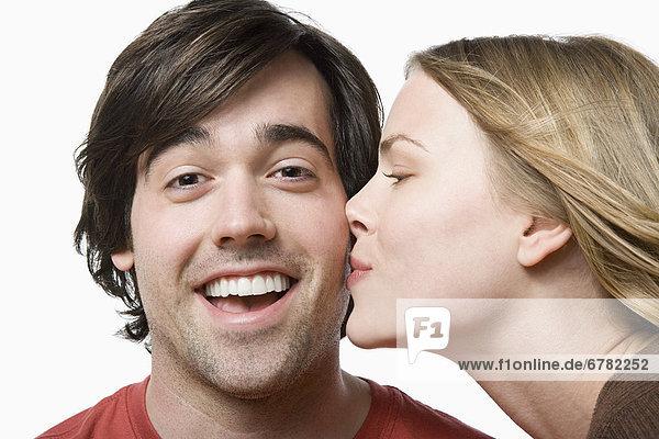 Portrait  küssen  jung  Studioaufnahme