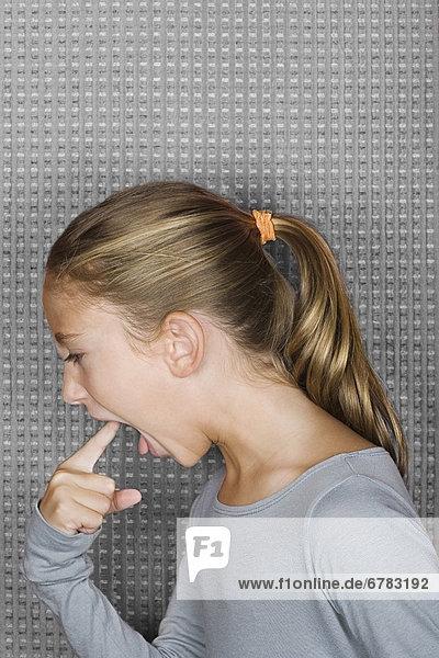 Portrait  Studioaufnahme  einsetzen  12-13 Jahre  12 bis 13 Jahre  Mädchen
