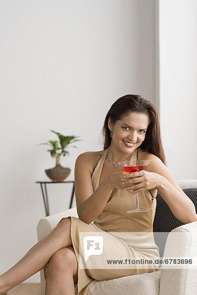 Portrait  Frau  lächeln  Cocktail