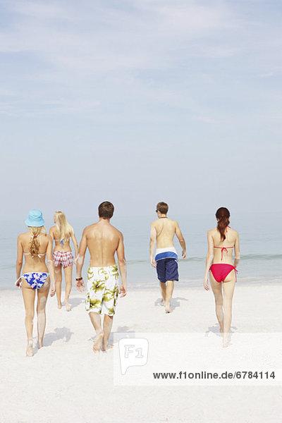Freundschaft gehen Strand