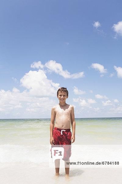 stehend Junge - Person Ozean