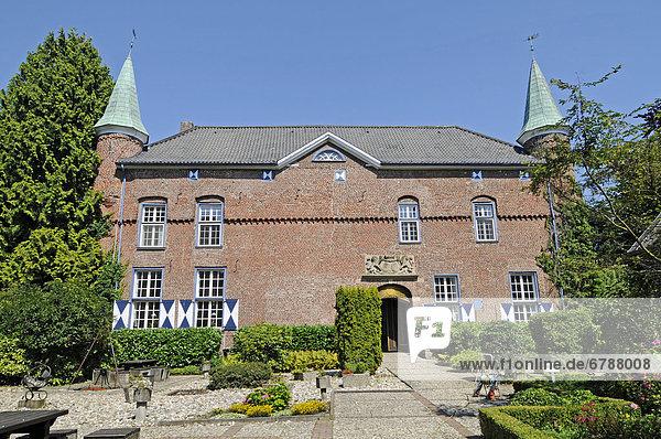 Schloss Walbeck  CJD Bildungszentrum  Christliches Jugenddorfwerk  Geldern  Niederrhein  Nordrhein-Westfalen  Deutschland  Europa