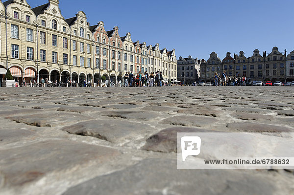 Cobblestones  gabled houses on Place des Heros square  Arras  Pas-de-Calais  France  Europe