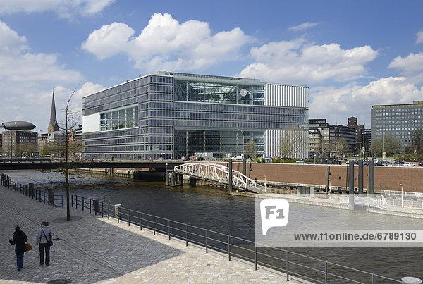 Deichtor-Center office building  Oberbaumbruecke bridge  Hamburg  Germany  Europe
