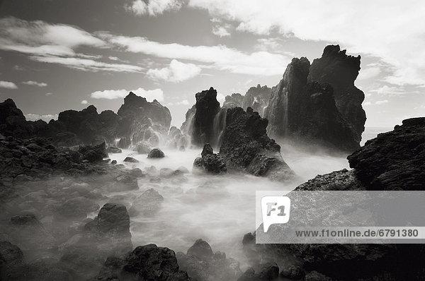 Hawaii  Big Island  Hamakua Coast  Lapahoe'hoe Point (Sepia photograph).