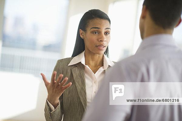 Frau  Mann  Konflikt  Business
