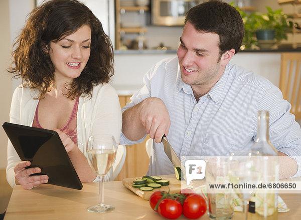 benutzen  Vorbereitung  Gericht  Mahlzeit  Tablet PC