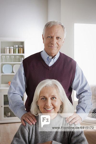 Senior Senioren Portrait lächeln