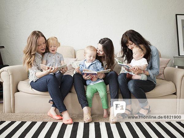 Junge - Person  jung  3  2-3 Jahre  2 bis 3 Jahre  Mädchen  Baby
