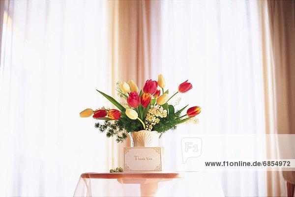 Geschenk Blumenstrauß Strauß Fenster Tulpe Karte