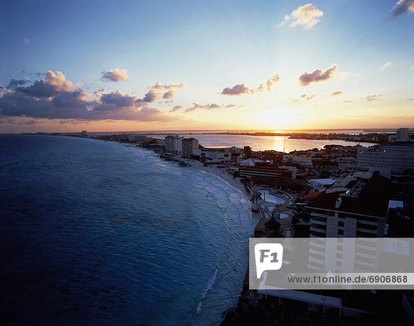 Overview of Hotel Area at Sunset Cancun  Quintana Roo  Mexico