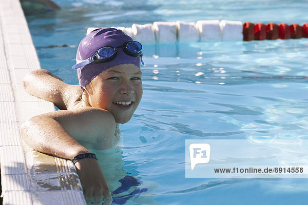 Portrait Junge - Person Schwimmbad