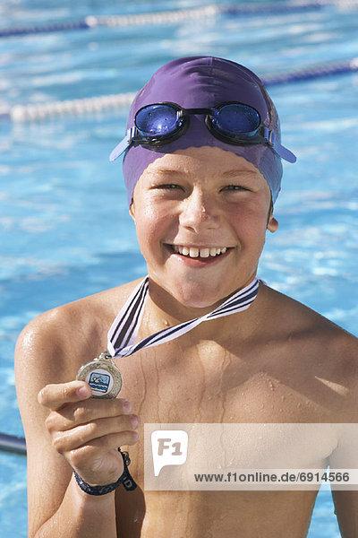 zeigen Junge - Person Medaille