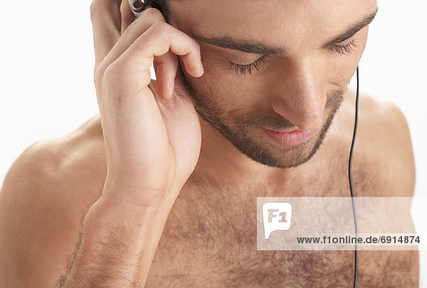 Mann tragen Kopfhörer