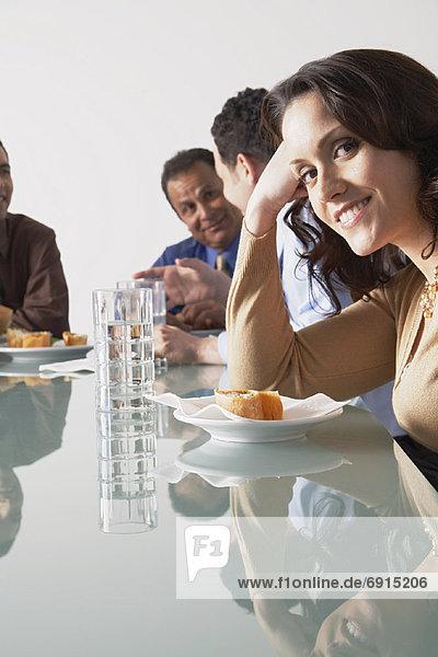 Mensch  Menschen  Mittagspause  Pause  Konferenzraum  Business