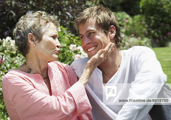 Porträt von Mutter und Sohn