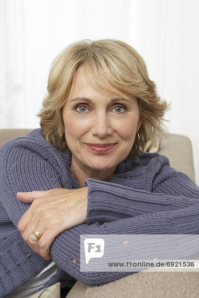 Portrait  Frau  Couch