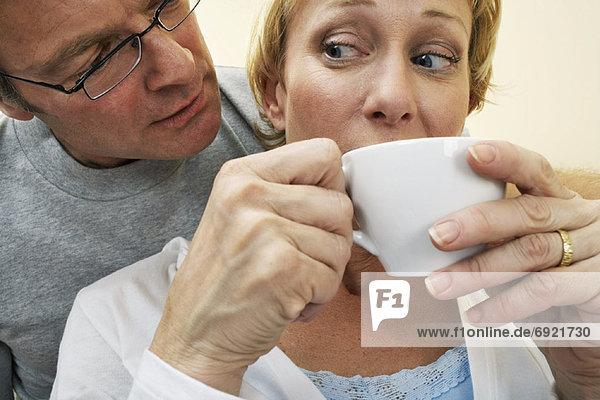 Paar trinken Kaffee