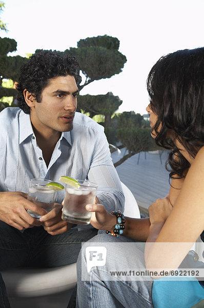 über  Getränk  unterhalten